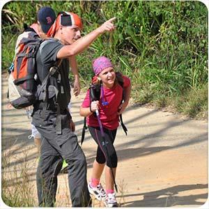 reportaje-acampando-con-niños-senderismo